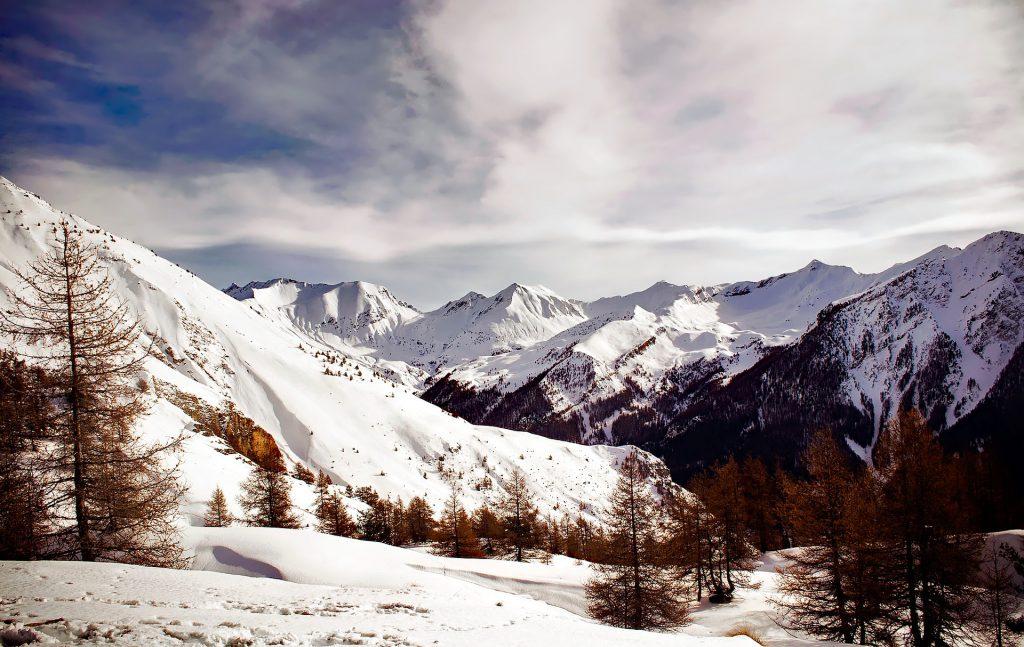 Montagnes de France enneigées